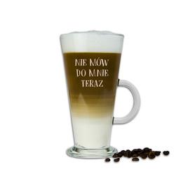 Szklanka latte z napisami 12