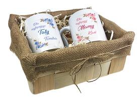 Komplet kubków w koszyczku dla Rodziców 01